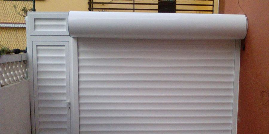 Puertas enrollables galvanizadas y de aluminio for Puertas enrollables